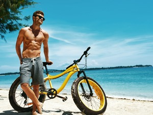 Beaches, a man, Glasses, sun, Bike, summer