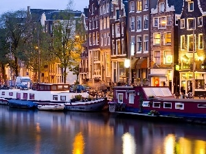 Boats, Amsterdam, night