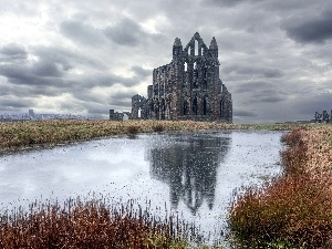 clouds, England, castle, Pond - car, ruins