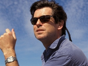 Pierce Brosnan, shirt, Glasses, Blue