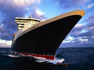 Queen Mary 2, nose