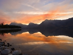 Colter Bay, west, sun