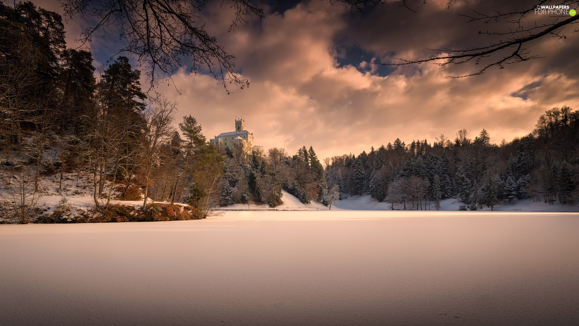 lake, Trakoscan Castle, viewes, winter, Coartia, trees, clouds