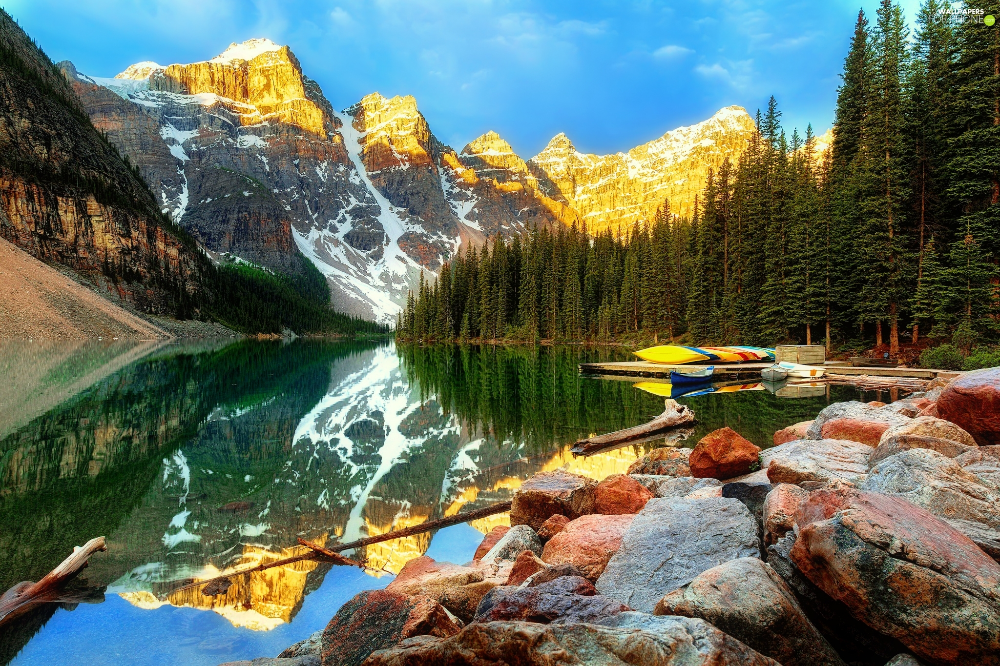 Province of Alberta, Canada, Banff National Park, Mountains, Stones, reflection, Lake Moraine, Valley of the Ten Peaks, forest
